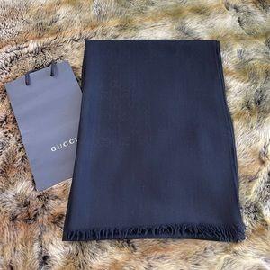 Gucci Silk Wool Gg Jacquard Scarf In Black